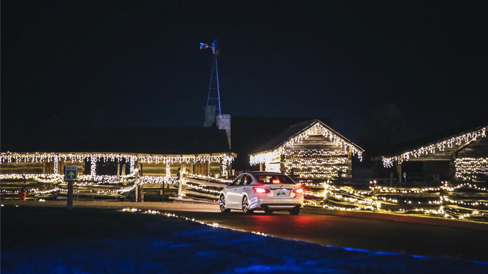 2021 Let It Glow Light Show Drive-Thru and Walk-Thru